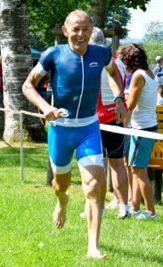 Jochen Gruber nach dem Schwimmen